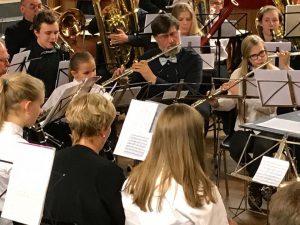 unge og eldre i skjønn (musikk)forening
